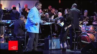 "Tracy Bonham&Lawrence Watson Play Ray Charles, ""You Are My Sunshine"", at Berklee"