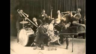 King Oliver's Jazz Band ( w young Louis Armstrong) - Dipper Mouth Blues - OKeh 4918 (HD)