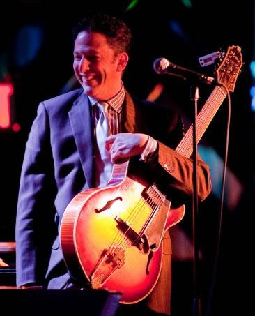 The Clayton-Hamilton Jazz Orchestra Feat. John Pizzarelli - Jazzwoche Burghausen 2011