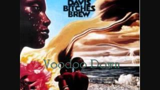 Bitches Brew - Miles Runs the Voodoo Down
