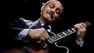 Joe Pass Phrase #1 | Jazz Guitar Lesson