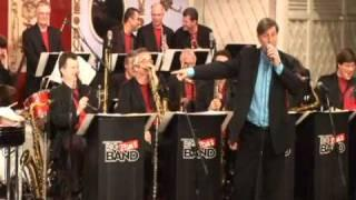 Gordon Goodwin's Big Phat Band at Disneyland Part 2 - Santa Baby