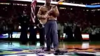 Kevin Eubanks performing National Anthem