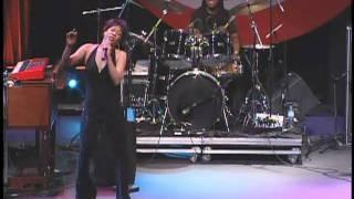 Bettye LaVette - Right in the middle - Bridgestone Music Festival 2009