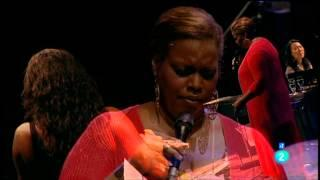 "Terri Lyne Carrington ""The Mosaic Project"" y Dianne Reeves - Jazz San Javier 2012 fragm. 1"