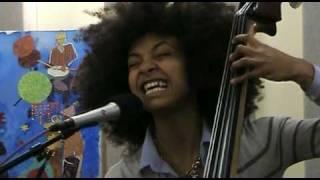 "Esperanza Spalding Performs ""Midnight Sun"" Live in KPLU Studios"