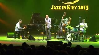 Jazz In Kiev (2013) - Joshua Redman Quartet