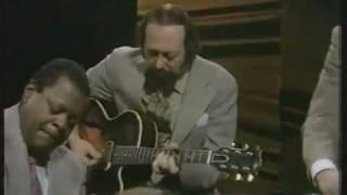Oscar Peterson and Barney Kessel - Watch What Happens