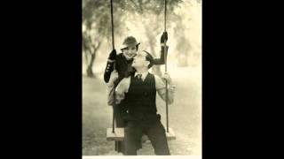 Frankie Trumbauer&His Orchestra (w Mildred Bailey) - I Like To Do Things For You - OKeh 41421 (HD)