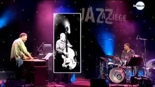 Dave Holland Quartet - Triple Dance